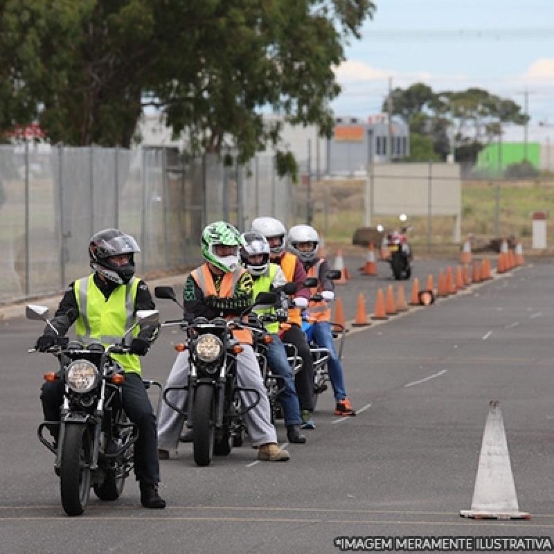 Primeira Habilitação de Moto Vila Carlina - Tirar Primeira Habilitação
